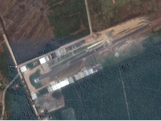 Hangar para 3 aeronaves no Aeródromo CAVU - SIPB Fotografia