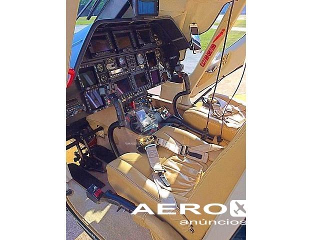 HELICÓPTERO AGUSTA WESTLAND A109S GRAND - ANO 2009 - 1650 H.T. Fotografia