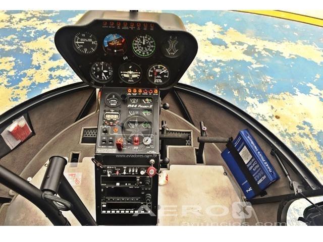 Helicóptero Robinson R44 Raven II – Ano 2009 – 1000 H.T Fotografia