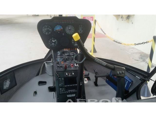 Helicóptero Robinson R44 Raven II – Ano 2011 – 454 H.T Fotografia