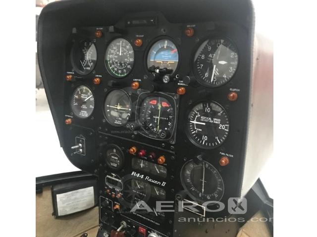 Helicóptero Robinson R44 Raven II – Ano 2006 – 1930 H.T. Fotografia