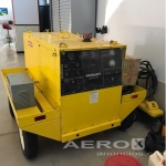 Hobart Ford Gasoline Powered 28.5VDC Ground Power Unit  |  Trator, Garfo, GPU